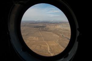 La ciudad de Zhezkazgan vista desde un helicóptero de rescate durante el opertaivo de apoyo al aterrizaje de la Soyuz MS-01. Crédito de la imagen: NASA / Bill Ingalls.